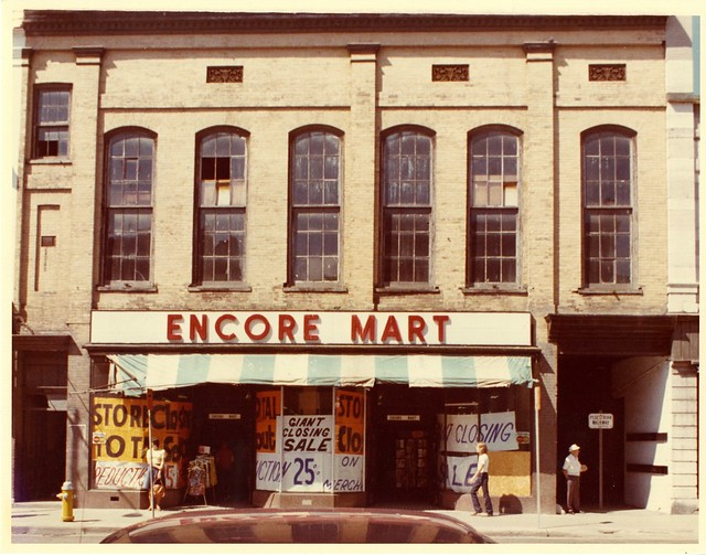 HB-07-18 Encore Mart store at 232 Front Street, c.1977